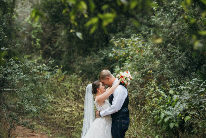 Red Ridge Outdoor Texas Wedding