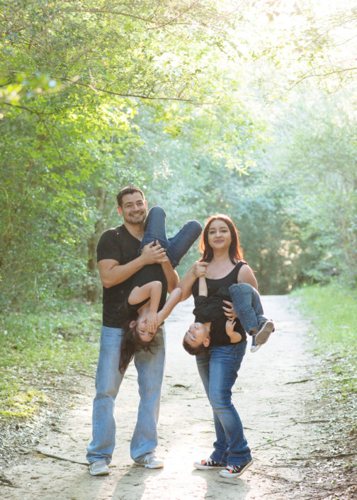 Family Photo Session at Challenger Memorial Park