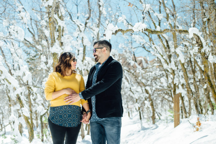 Winter Maternity Photo Session in Colorado