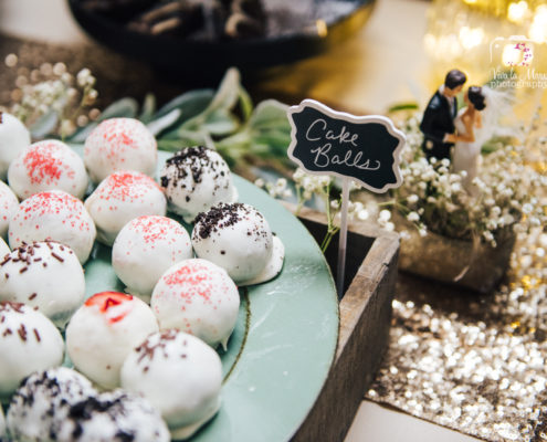 Cake balls as dessert at a Houston Wedding