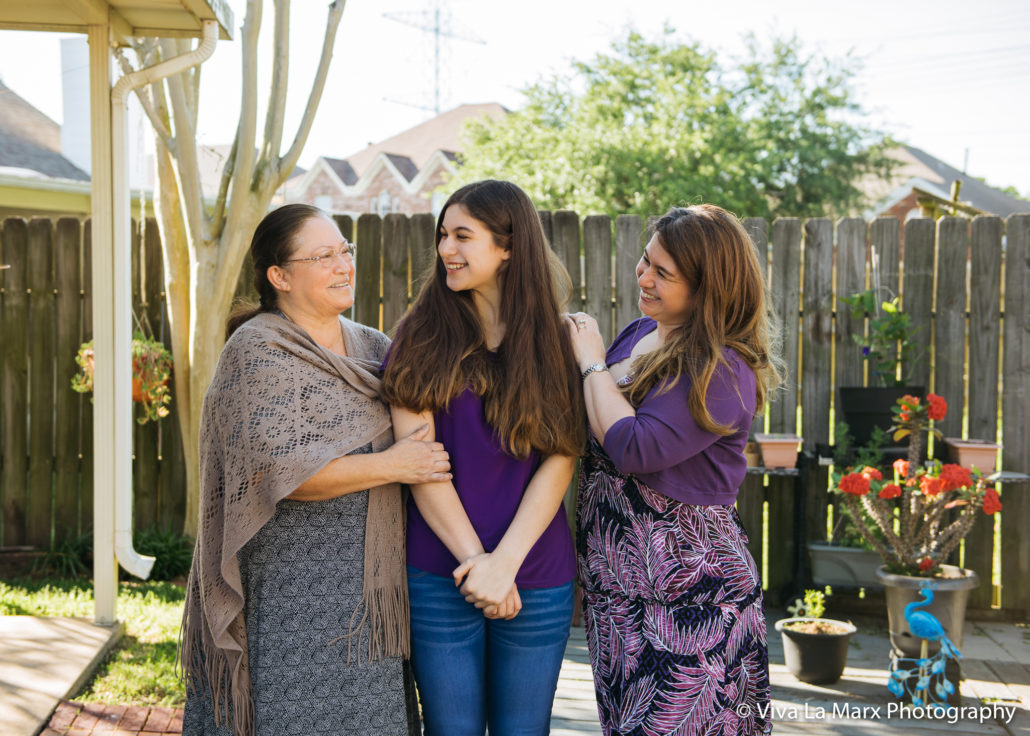 Taking Photos with Grandparents in Sugar Land, Texas